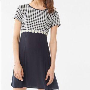 Urban Outfitters, Daisy Short Sleeve Mini Dress